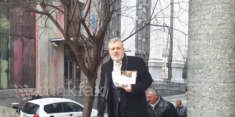 Kekenovski challenges language law in high court: I oppose cowboyish passage of law