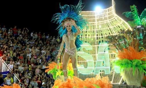 Карневалските огнови на Парагвај (ГАЛЕРИЈА)