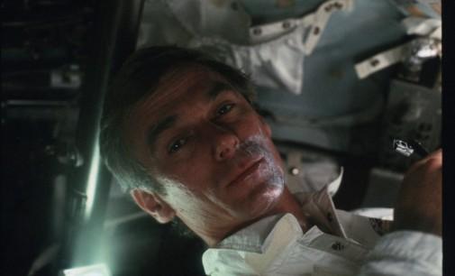 Почина последниот астронаут кој чекореше по Месечината