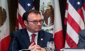 """Мексико ќе преговара со Трамп """"без страв"""""""