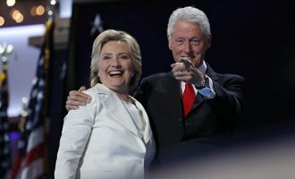 Бил и Хилари Клинтон ќе присуствуваат на инаугурацијата на Трамп