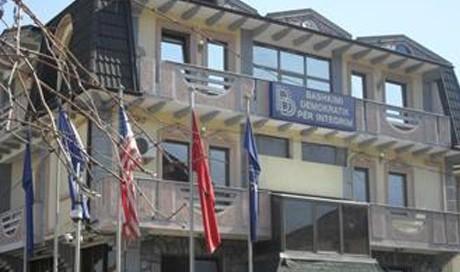 Бејта зборувал со Заев во седиштето на СДСМ, ДУИ уште нема одлука