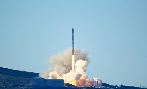 Компанијата SpaceX ја лансираше првата ракета по ланската експлозија