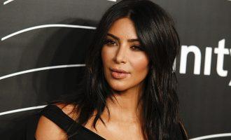 Шеснаесет приведени за ограбувањето на Ким Кардашијан во Париз