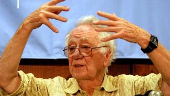 Почина Нобеловецот за медицина, Оливер Смитис