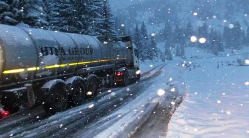 Забрана за камиони на патот Виница Берово и Виница Кочани  заради обилни врнежи од снег