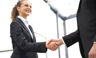 Според платата, жените во Македонија треба да работат еден час покусо од мажите