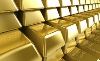 """Инвеститорите се """"ослободуваат"""" од фунтите, се вложува во злато"""