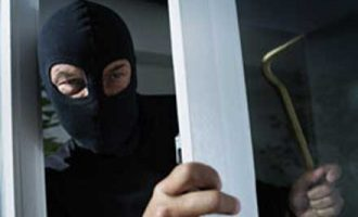 Тетовска фабрика за мебел ограбена за 100.000 евра