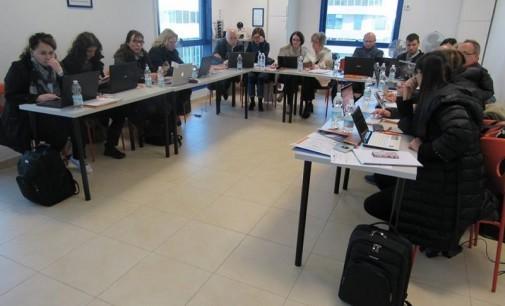 """Обука на наставници од ООУ """"Лазо Aнгеловски"""" за дигитални технологии"""