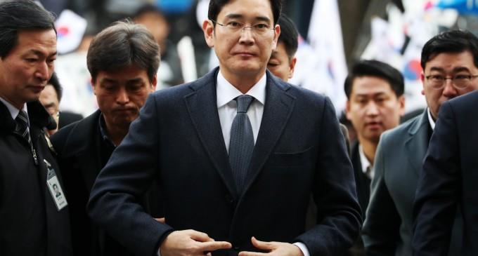 Уапсен потпретседателот на Самсунг