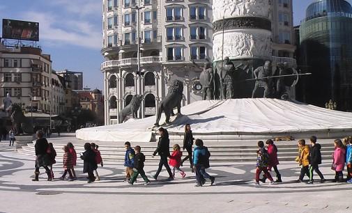 """""""Срничките"""" на прошетка низ Скопје"""