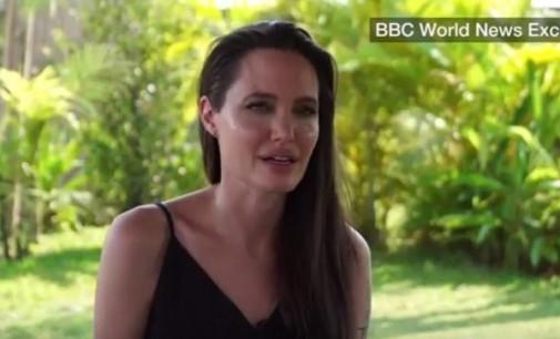 Анџелина Џоли проговори за разводот