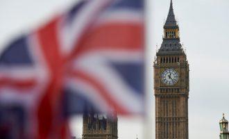 Британскиот парламент ја овласти премиерката да го започне процесот на излегување од ЕУ