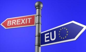 Јункер предупреди дека процесот на Brexit ќе биде доста скап