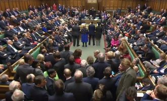 Британскиот закон за Брегзитот ја мина првата пречка