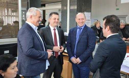 Министерот за финансии го посети Централниот регистар