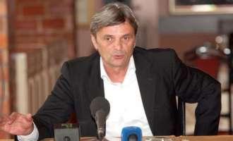 Легендарен фудбалер на Динамо пронајден мртов во својата гаража