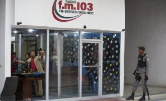 Двајца доминикански радио новинари убиени за време на директна емисија (ВИДЕО)