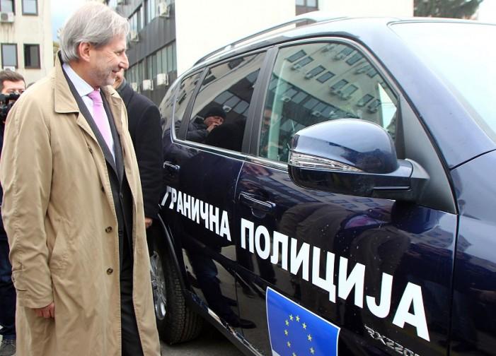 ЕУ со донација од 33 возила за МВР во справувањето со мигрантската криза