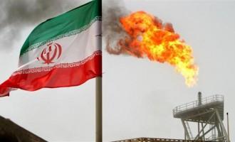 Иран потпишал договор за продажба на 100.000 барели нафта дневно на Русија