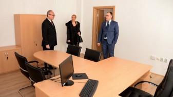 Министерството за одбрана ги подобрува условите за работа на своите вработени