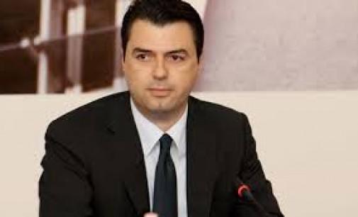 Лидерот на албанската опозиција обвинет за насилство и повици на војна