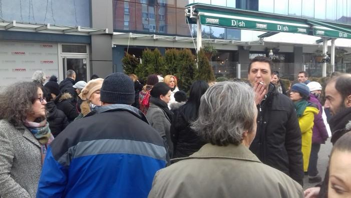 Новинарите од МПМ стапија во штрајк