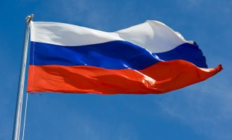 Руска амбасада: Ги осудуваме обидите на надворешните сили за мешање во политичката криза во Македонија