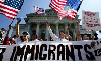 Американски судови разгледуваат тужби против одлуката за имиграцијата на Трамп