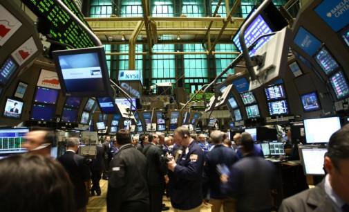 На светските берзи внимателно, на Волстрит нови рекорди
