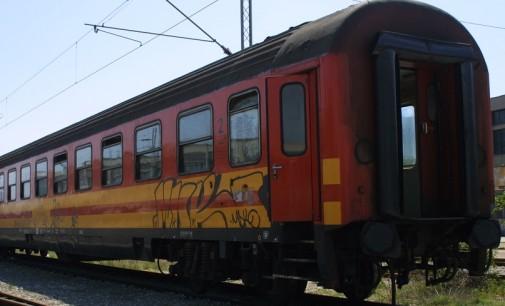 Железничкиот сообраќај во Македонија една седмица во застој