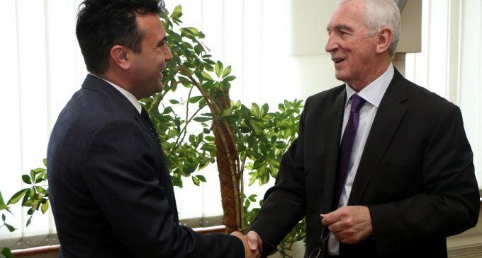 Заев на средба со рускиот амбасадор Шчербак: Потребна е брза разврска на политичката криза