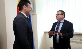 Заев на средбата со Тимоние: Очекуваме дека ќе го обезбедиме мнозинството за мандат и нова Влада