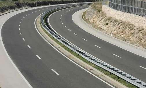 Сообраќајот на државните патишта се одвива по суви коловози.