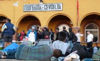 Република Македонија е транзитна земја и бегалски кампови нема да има