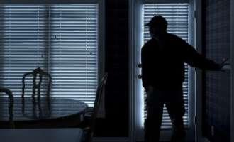 Дрски крадци испразниле куќа во Арачиново – го принудиле сопственикот да им ги даде 120.000 евра