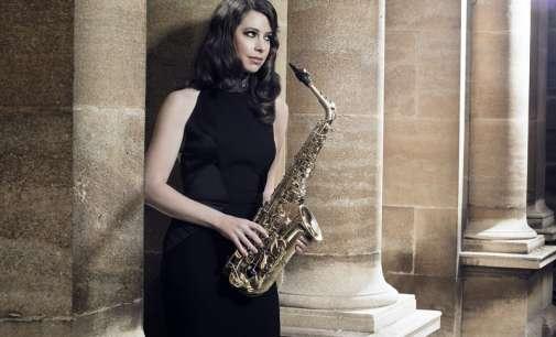 Филмска магија со ѕвездата на саксофонот Ејми Диксон во Скопје