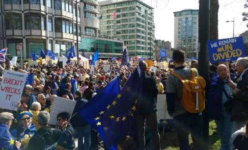The Telegraph: Демонстрации за подршка за останување на Британија во ЕУ