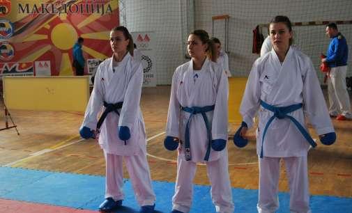 Стефановска петта на турнир во Премиер карате-лигата
