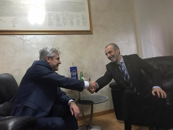 Ахмети: ДУИ разговараше со останатите партии за продолжување на конститутивната седница на Собранието