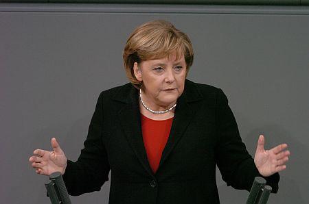 Reuters: Според анкетите СПД заостанува само еден поен зад конзервативците на Меркел