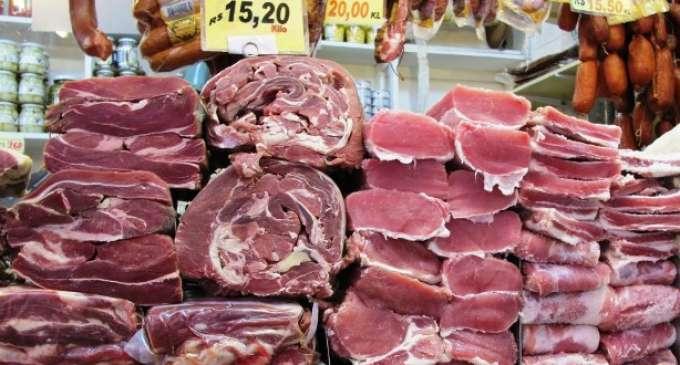 Расипано месо, заразено со салмонела, кое потекнува од Бразил е повлечено од меѓународните пазари