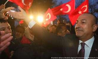 Холандија му забрани на Чавушоглу да слета на нејзина територија, Ердоган ги нарече фашисти