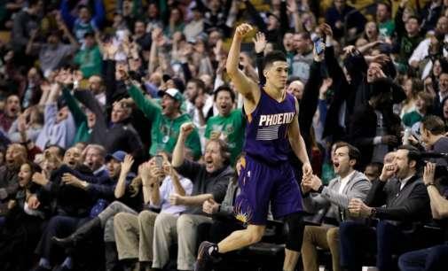 Девин Букер за НБА историја, во Бостон постигна 70 поени
