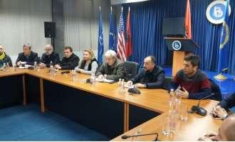 ДУИ го повикува Иванов да ја промени одлуката, албанската декларација не го загрозува уставниот поредок