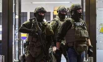 Затворен трговски центар во Есен заради терористичка закана