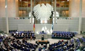 Загриженост во Бундестагот поради политичката криза во Македонија