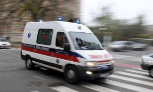 Двајца пациенти починале во дефектно возило на итна помош