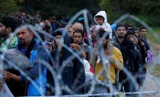 Унгарија ќе ги затвора азилантите во кампови